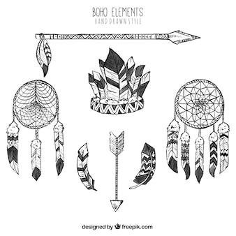 Elementi grandi boho in stile disegnato a mano