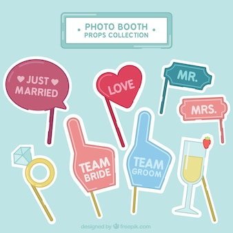 Great photo booth elements for weddings