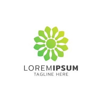 Зеленый цветочный логотип