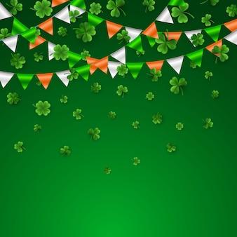녹색 4 및 플래그 갈 랜드와 나무 잎 클로버 프리미엄 벡터