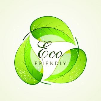 Foglie verdi in forma di simbolo di riciclaggio per il concetto eco friendly.