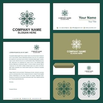 녹색 로고와 명함