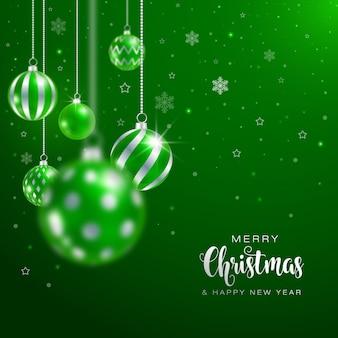 Зеленый фон с рождеством с шарами и снегом