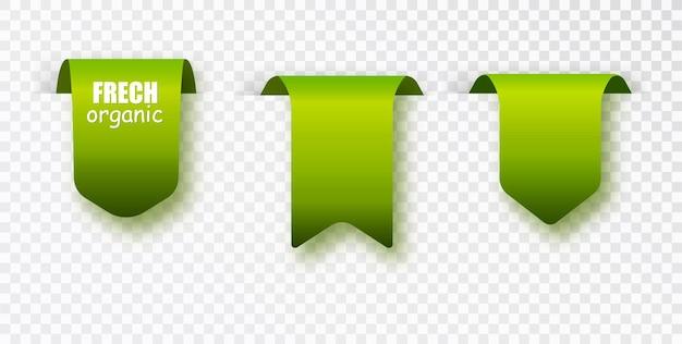 Collezione di etichette verdi. etichetta biologica isolata. bandiere di colore verde.