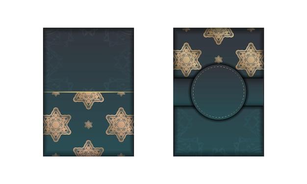 디자인을 위한 골드 패턴 만다라가 있는 녹색 그라데이션이 있는 인사말 카드.