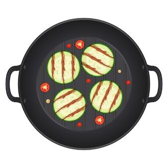 Жареные цукини нарезанные ломтиками в сковороде с перцем чили, изолированные на белом фоне. кольца из кабачков. иллюстрация.