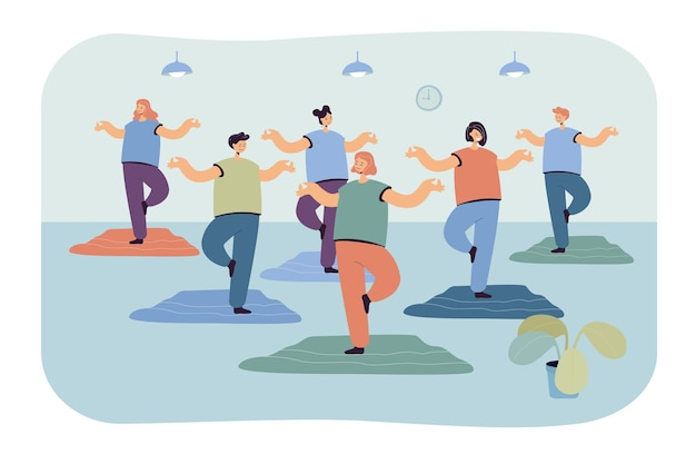 Gruppo di donne del fumetto che praticano yoga in palestra. illustrazione piatta