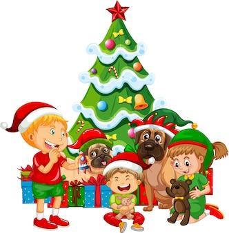 Gruppo di bambini con il loro cane con elemento natalizio su sfondo bianco