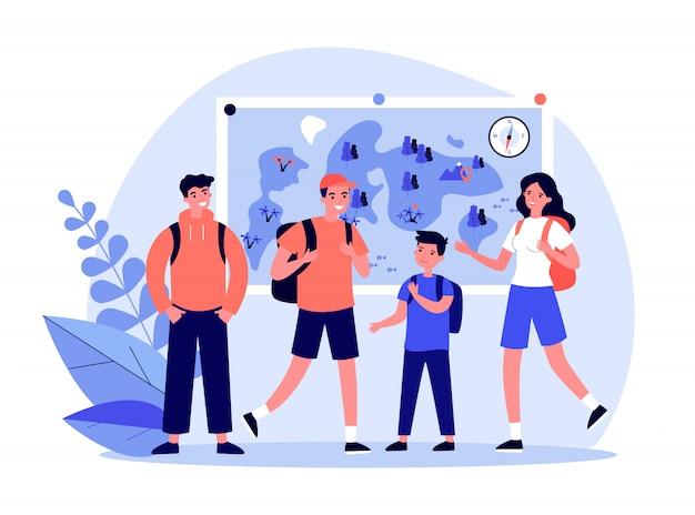 Группа активных туристов, встречающихся для пеших прогулок