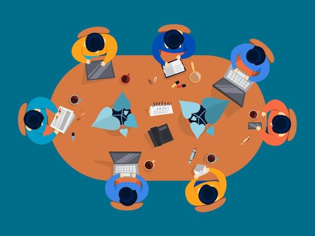 Группа людей на конференции. сидящие рабочие