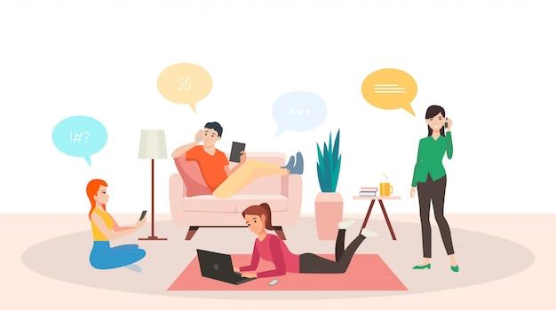 Группа людей, говорящих смартфон и работающих на ноутбуке из дома в гостиной