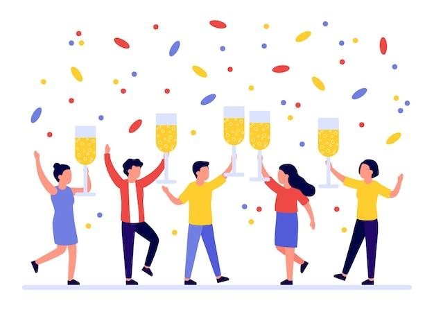 Группа людей, приветствующих праздник с рюмками в руках.