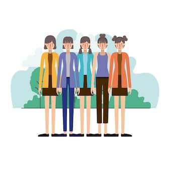 группа женщин в полевом ландшафте