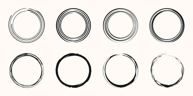 Grunge circle banner. vector grunge, distress textures. blank shape. dirty artistic design element.