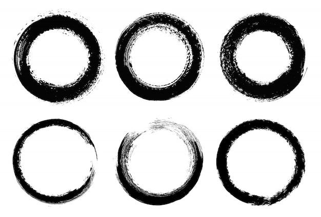 Grunge circles set