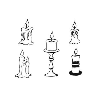 손으로 그리는 촛불 세트. 세 개의 불타는 촛불. 벡터 일러스트 레이 션. 흰색 배경에 고립 낙서입니다.