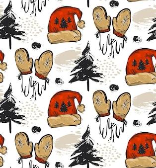 Ручной обращается абстрактный бесшовный рождественский образец с елками, рождественской одеждой красная шляпа санта и красные варежки, изолированные на белом фоне. рождественское украшение на открытом воздухе.
