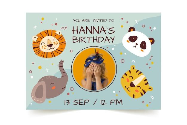 사진과 함께 손으로 그린 동물 생일 초대장 서식 파일