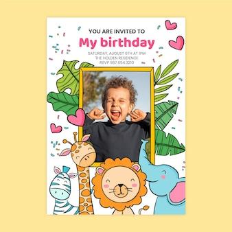 Invito di compleanno animali disegnati a mano con modello di foto