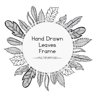 손으로 그린 흑백 둥근 꽃 프레임 디자인