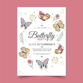 手描きの蝶の誕生日の招待状のテンプレート