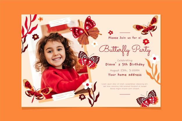 写真付きの手描きの蝶の誕生日の招待状