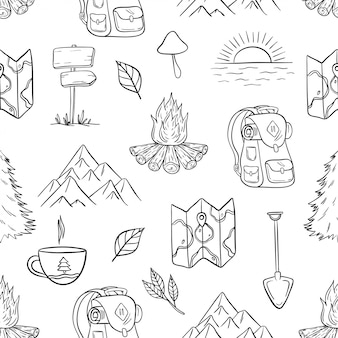 手描きのキャンプ、ハイキング、旅行のシームレスパターン