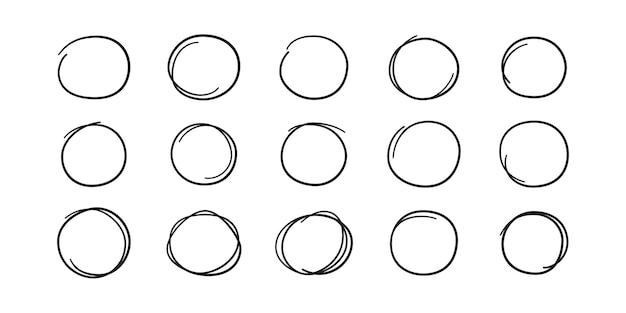 Вручите оттянутые круги. выделите круглые рамки. овалы в стиле каракули. набор векторных иллюстраций