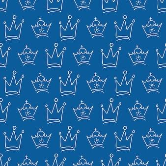 손으로 그린 크라운. 간단한 낙서 스케치 여왕 또는 왕관의 원활한 패턴입니다. 왕실의 대관식과 군주 상징. 벡터 일러스트 레이 션.