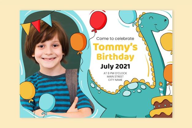 Ручной обращается шаблон приглашения на день рождения динозавра с фото
