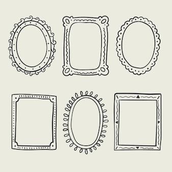 Set di cornici per scarabocchi disegnati a mano