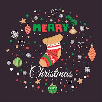 양말과 글자와 손으로 그린 낙서 메리 크리스마스 카드.