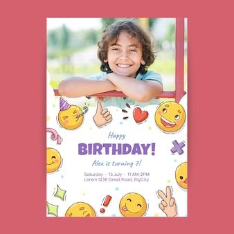 사진과 함께 손으로 그린 이모 티 생일 초대장 템플릿