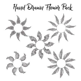 Collezione delle ali di fiori disegnate a mano