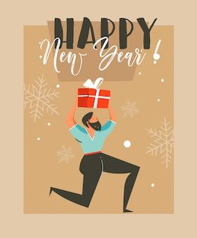 Нарисованная рукой веселая поздравительная открытка с изображением енота с рождеством и человеком, который держит подарочную коробку-сюрприз и типографику с новым годом на фоне крафт-бумаги