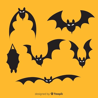 Hand drawn halloween flying bats