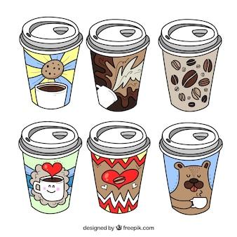 手描きの紙のコーヒーカップ