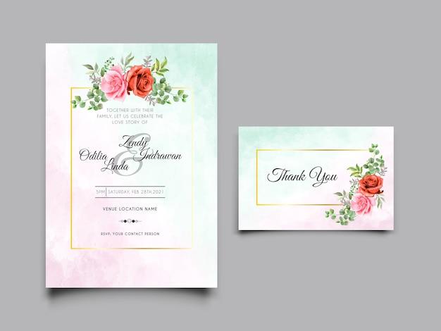 手描きのピンクと赤のバラの結婚式の招待状のテンプレート