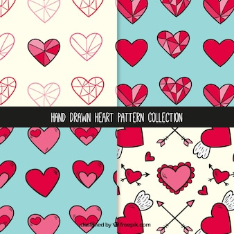Hand drawn pretty patterns of hearts