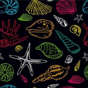 貝殻で描かれたシームレスパターンを手