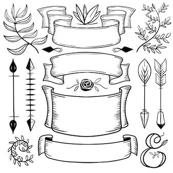 Ручной нарисованный набор пропущенных украшений
