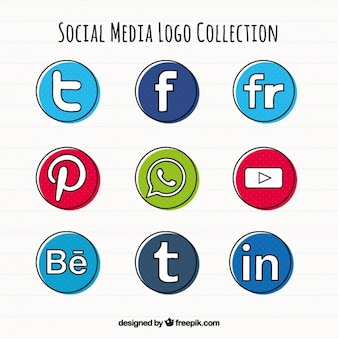 Hand drawn social media round icons