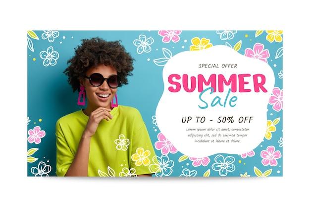 Нарисованный рукой шаблон баннера летней распродажи с фото