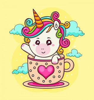 Ручной обращается единорог на любовной чашке в небе