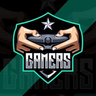 Ручной геймер талисман логотип киберспорт дизайн шаблона