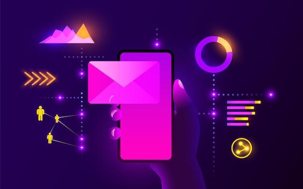 メールアプリメールサービスコンセプトの携帯スマートフォンを手に持つ