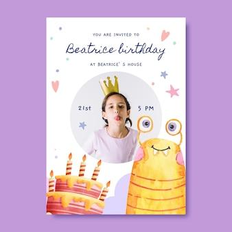 Раскрашенный вручную акварельный шаблон приглашения на день рождения монстра с фото
