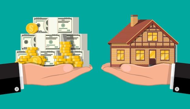 Весы ручные с частным домом и деньгами