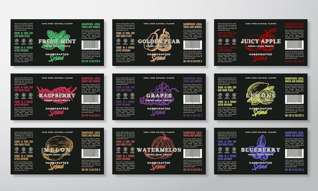 Коллекция шаблонов этикеток для спредов или джемов ручной работы. современные типографии баннеры с рисованными силуэтами фруктов и ягод
