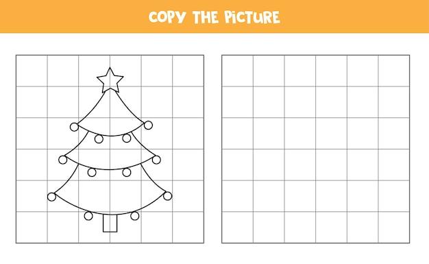 어린이를위한 필기 연습. 만화 크리스마스 트리의 그림을 복사하십시오.